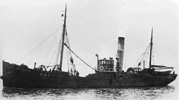 North-east divers discover WWI trawler wreck 'by accident ...