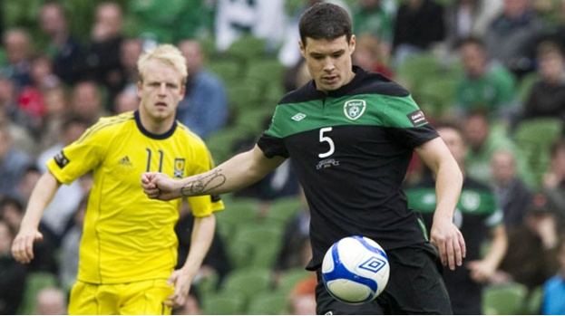 Darren O'Dea is action for the Republic of Ireland.