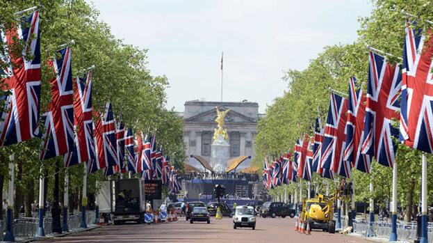 Jubilee jubilation: Preparations are taking place across London for this weekend's Diamond Jubilee celebrations