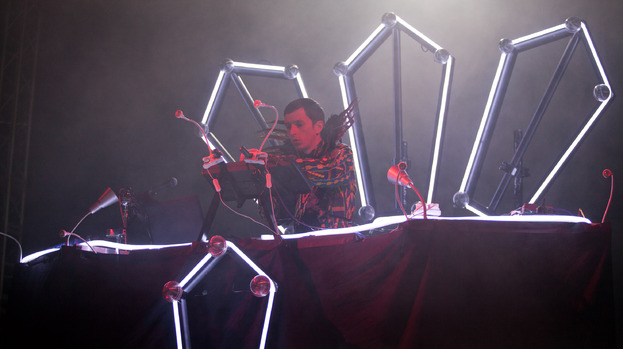 Not gone just yet: Totally Enormous Extinct Dinosaurs at RockNess 2012