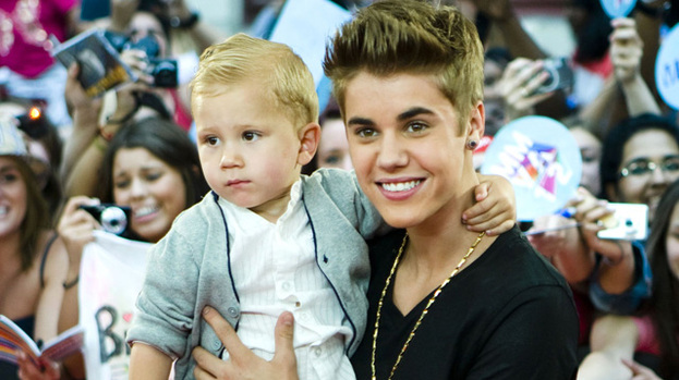 He Ain't Heavy: Justin Bieber proudly shows off his little brother Jaxon