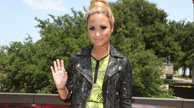 Demi Lovato is happy about mistakes