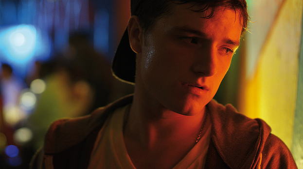 No sweat: Josh Hutcherson feels heat in 7 Days in Havana