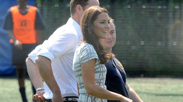 Golden Girl: Kate Middleton in £35 Hobbs Dress