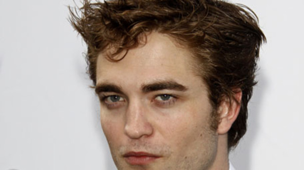 Robert Pattinson's alien admirers