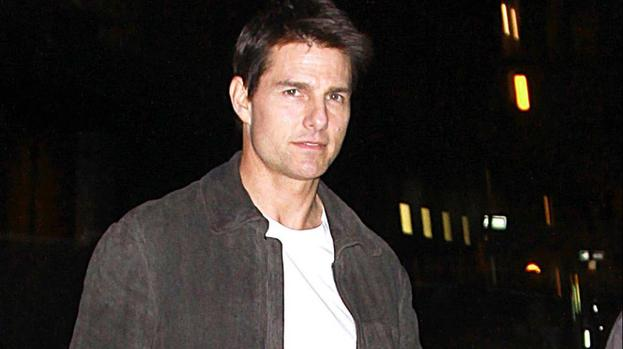 Tom Cruise pays tribute to Tony Scott