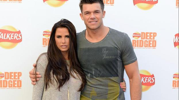 Katie Price's fiance loves new look