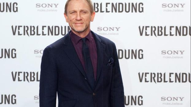 Daniel Craig to make at least two more Bond films