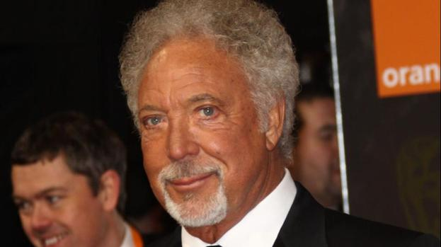 Tom Jones to headline Arthur's Day celebrations