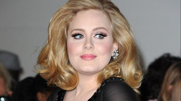 Adele planning Bond holiday