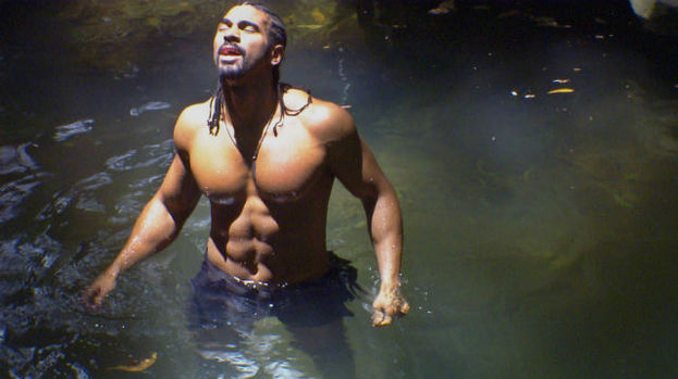 David Haye baths in I'm a Celebrity