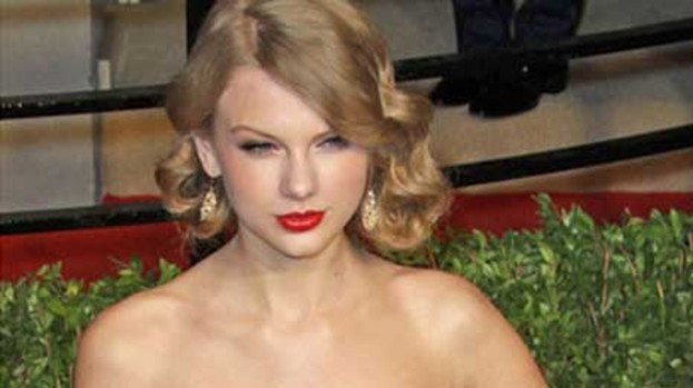Swift mover: Taylor wants to be near Harry Styles