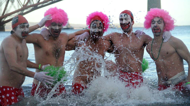 Loony Dook: over a thousand 'dookers' take the plunge into the freezing Forth.