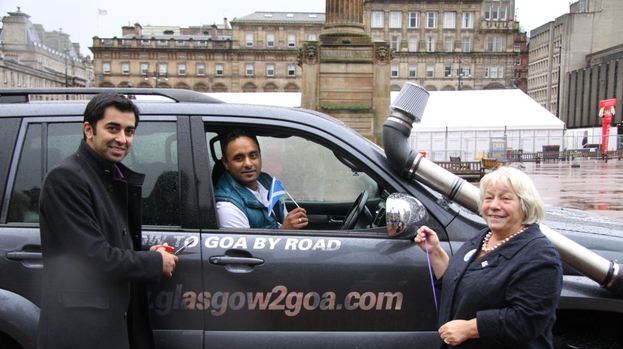 Humza Yousaf: Waving Inderpal off on his epic journey, joined by Sandra White MSP