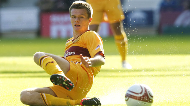 Fraser Kerr in action for Motherwell.