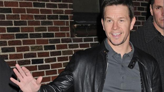 Mark Wahlberg: The Rock is a 'gentle giant'