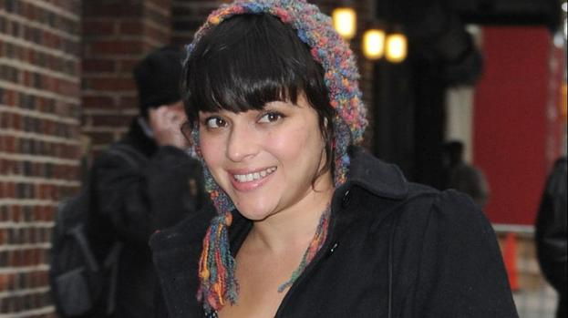 Norah Jones to perform at Oscars