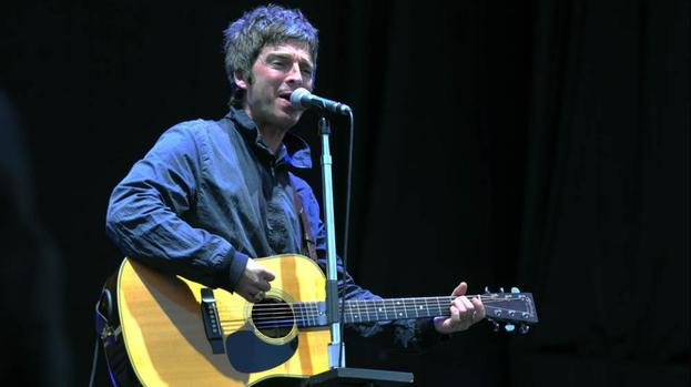 Noel Gallagher has tinnitus
