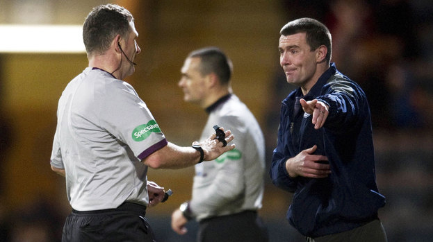 Barry Smith during Dundee's 2-0 defeat to Ross County.