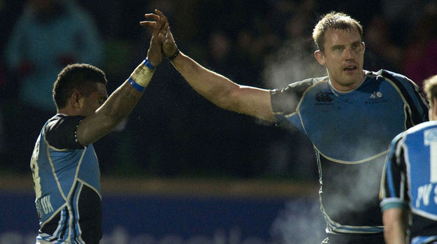 Niko Matawalu with Glasgow Warriors captain Al Kellock.