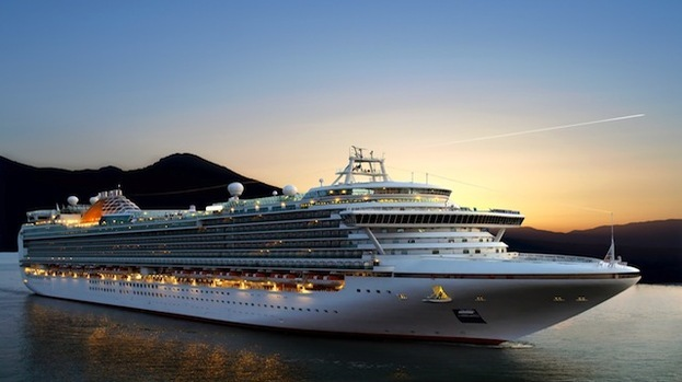 Worlds Largest Cruise Ship To Call At Port In Britain