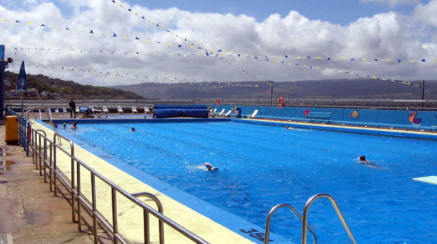Get set for summer at scotland s outdoor pools talk tv shows for Portobello outdoor swimming pool