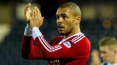 Kilmarnock sign ex-Aberdeen man Josh Magennis on three-year deal