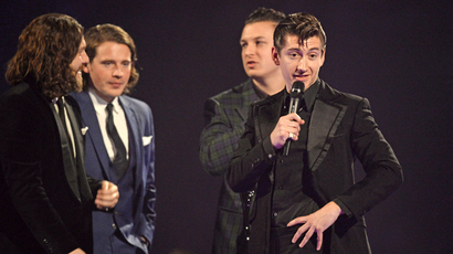 brits 2014 arctic monkeys clean up beyonce and the return of david