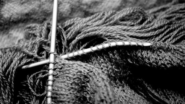 Knitting Unraveling Stitches : Knitting clubs are meeting up all over Edinburgh STV Edinburgh Edinburgh