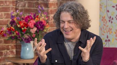 Alan Davies magician
