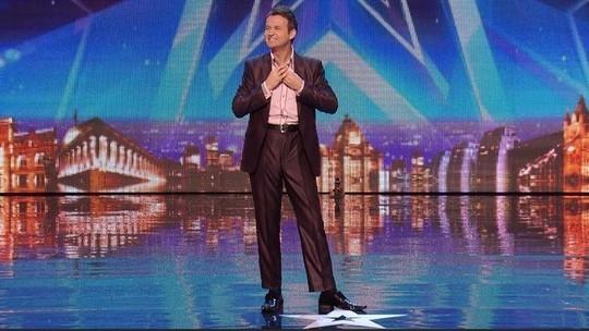 Britains got talent man sings like woman