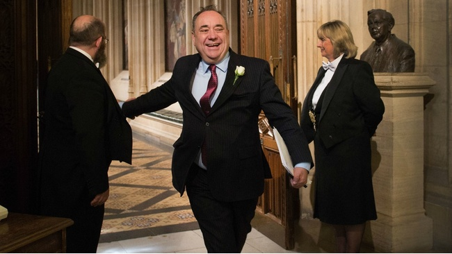 Alex Salmond strutting into the House of Commons wins the internet today