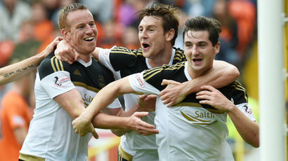 Dundee United 0-1 Aberdeen: McLean header enough for visiting Dons