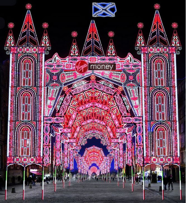 Edinburgh's Christmas To Light Up Royal Mile With Free
