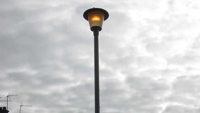 Concern over Aberdeen crescent where street lights burn 24/7