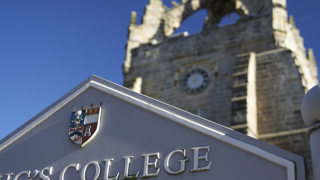 Shining Lights scholarships to support refugees at Aberdeen University