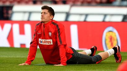 Robert Lewandowski trains at Hampden ahead of Poland's clash with Scotland.