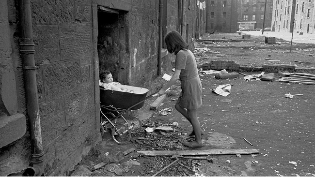 Life in the Scottish slums of the 1960s revealed in new exhibition