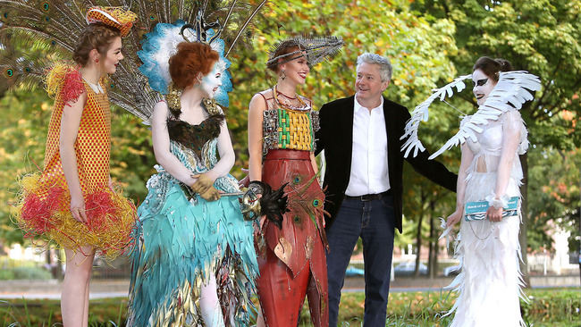 Louis Walsh urges north east fashionistas to join Junk Kouture