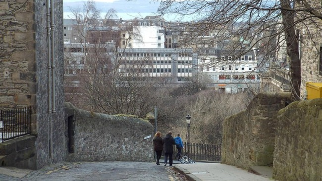 Edinburgh's Walk Hack hopes to improve the city for pedestrians
