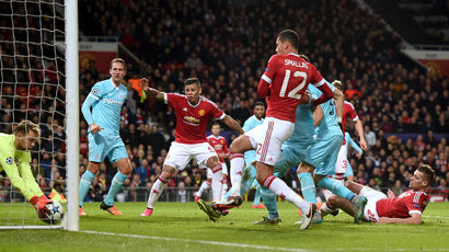 Manchester United, PSV Eindhoven, Chris Smalling, Champions League
