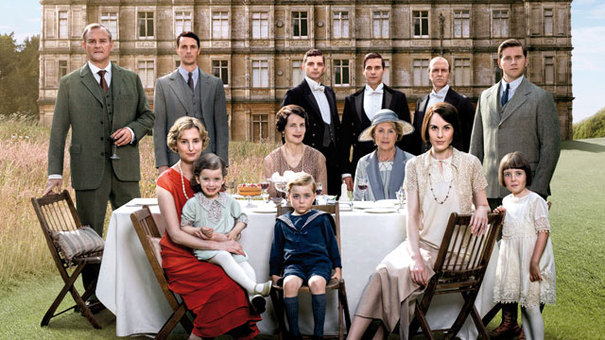 Downton Abbey beats EastEnders in Christmas Day ratings war
