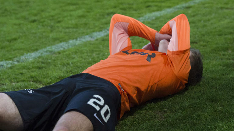 Watch Dundee United suffer relegation at the hands of city rivals