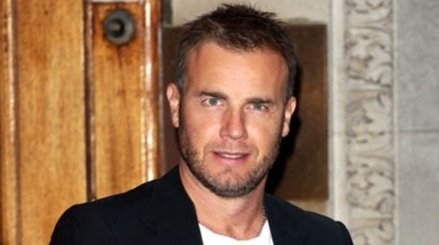 Pop Prince Gary Barlow joins Lord Webber to perform for the Queen