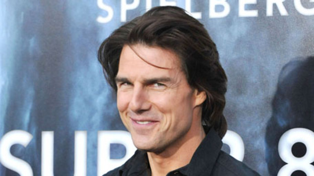 Tom Cruise set for Top Gun 2