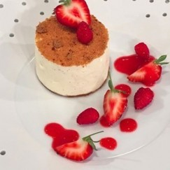 Ginger and vanilla cheesecake
