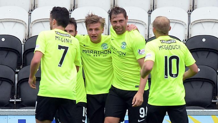 Championship wrap: Hibs maintain perfect start, Dundee Utd claim win