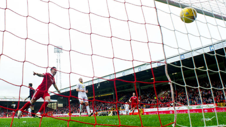 See Aberdeen score their first league goals of season in home win