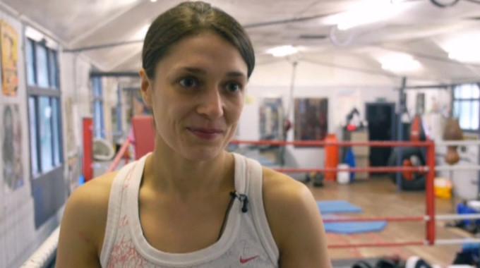 Live at Five - Kristen Fraser - Scotland's first professional female boxer