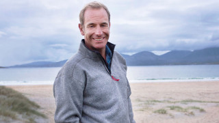 Robson Green's Coastal Lives